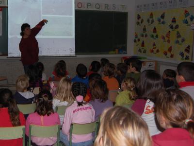 Xerrada a l'escola El Rodonell de Corçà